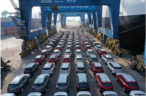 2月同比增长322% 上汽通用五菱创新驱动高速发展